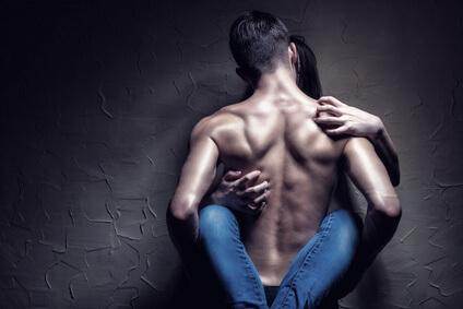 Rückenhaare entfernen