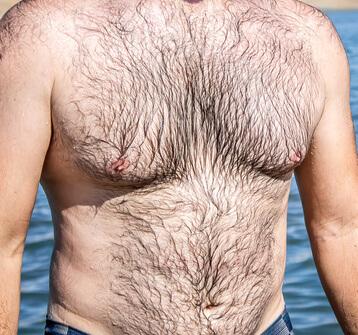 Körperbehaarung mann starke Körperbehaarung